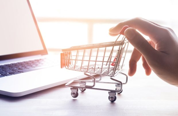 The Best Online Sites and Services to Keep You on Trend, On a Budget - sites, shopping, online, marketplace, fashion, airbnb