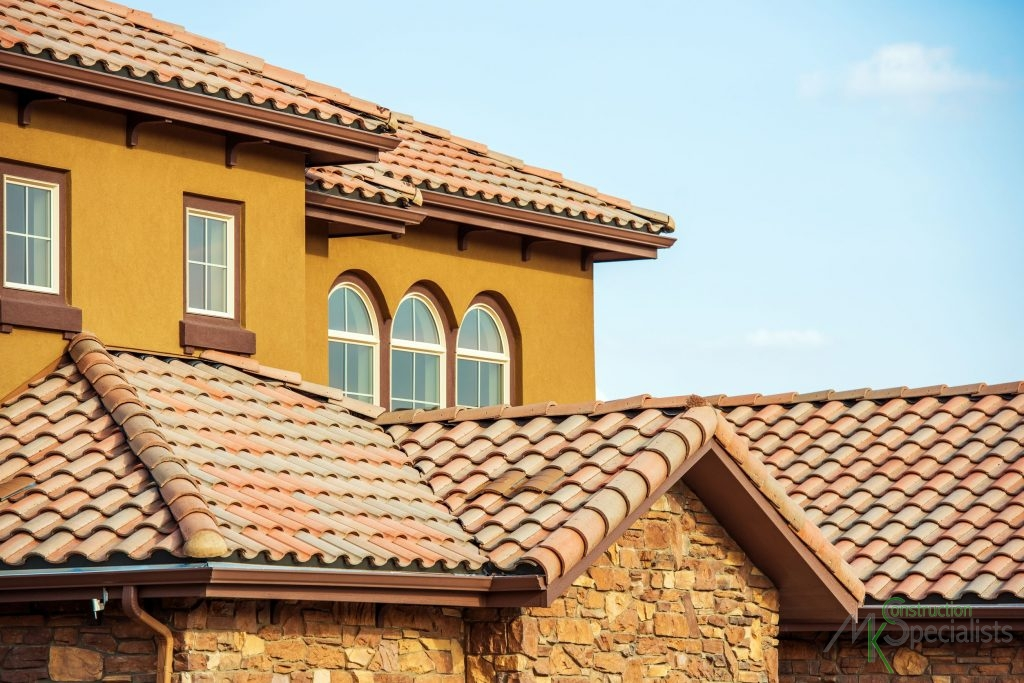 8 Great Ways to Help Homeowners Choose the Right Roofing Contractor