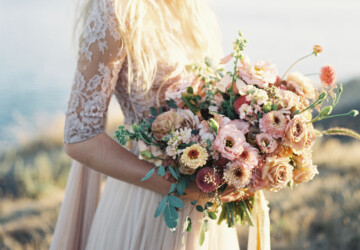 Flower Trends for Your 2019 Wedding- 15 Beautiful Ideas - Summer Wedding Flower Girl Looks, summer wedding decor, summer wedding, Flower Trends for Your 2019 Wedding, Flower Trends for Wedding, Flower Trends