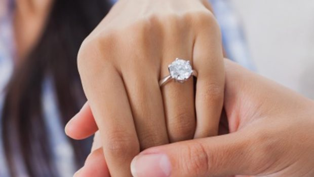 5 Styles of Engagement Rings for Girls Who Love Bling - vintage, three-stone, soolitaire, ring, pave, jewelry, engagement
