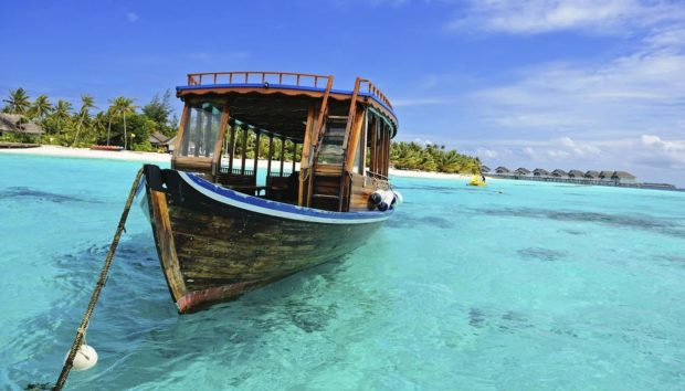 7 Tips For Couples Travelling Maldives For The First Time - wisely, travel, rues, regulations, pack, maldives, half-board, facilities, all-inclusive