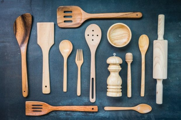 13 Most Important Items You Need in Your Kitchen - wooden spoon, whisk, vegetable peeler, sharpener, salad spinner, rubber spatula, pressure cooker, pan, knives, kitche, items, garlic press, digital thermometer, cutting board, blender