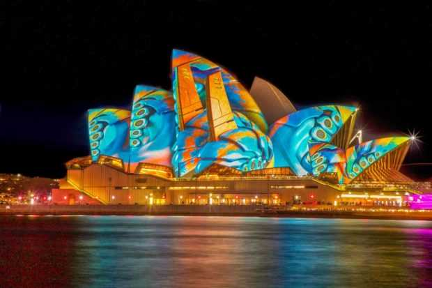 Top Things For Tourists To Do In November In Australia