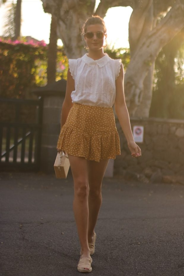 What to Wear With a Miniskirt This Summer