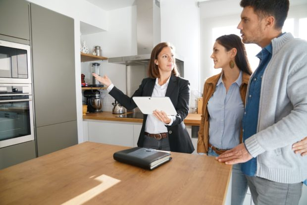 How to Sell Your House to Millennials? - sell your house, millenials, buy home