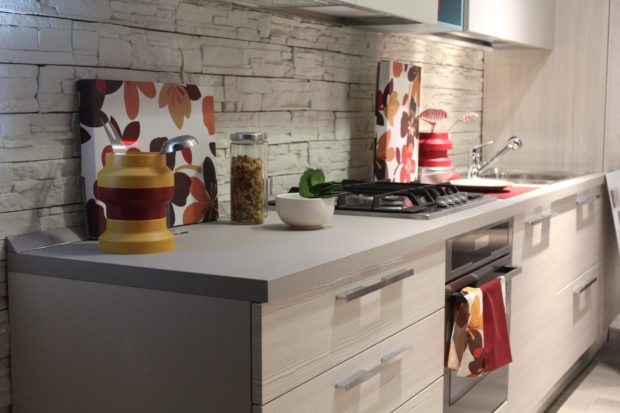 Revamp Your Kitchen Backsplash Without Spending A Fortune