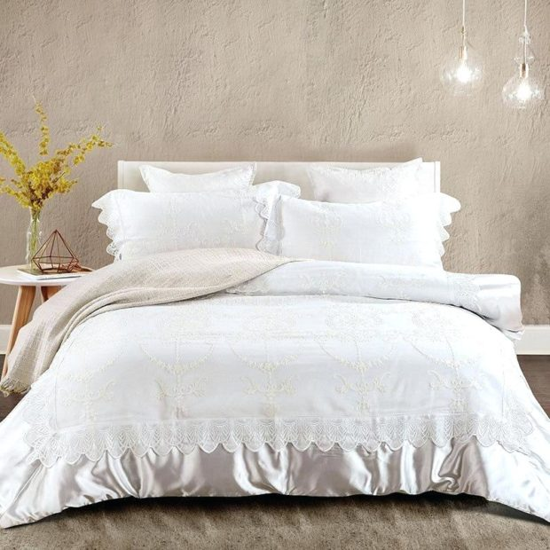 What Are The Benefits Of Silk Comforter And Silk Duvet? - silk comforter, sil duvet, products, hypoallergenic, body temperature