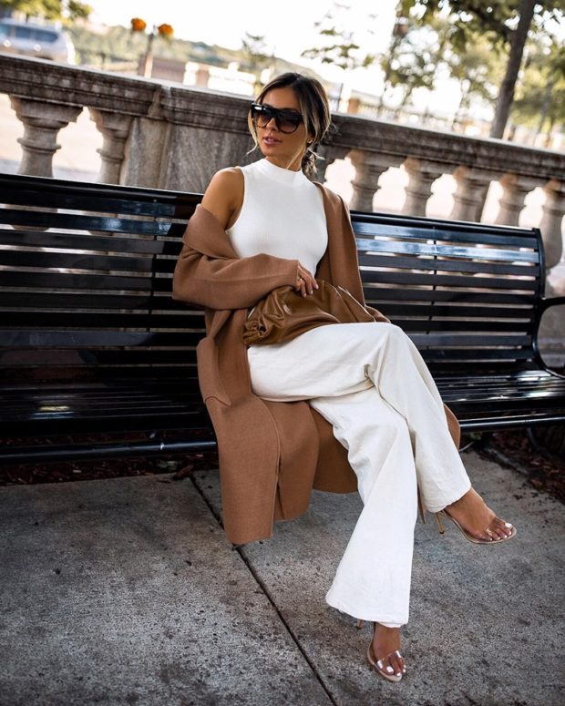 15 Outfits to Wear While Transitioning Into Fall