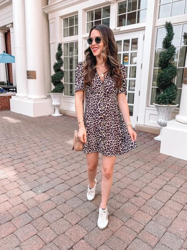 15 Summer to Fall Outfits That Stylish Women Always Wear