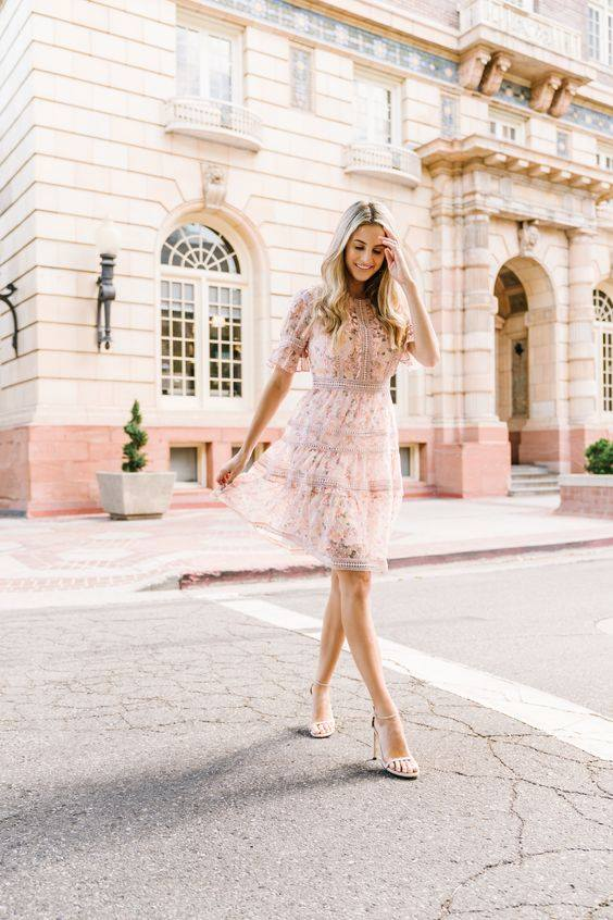 15 Transitional Outfit Ideas for Every Day This September