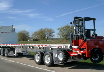 Five Applications Of A Flatbed Truck With Forklift - truck, storage box, pallets, forklift