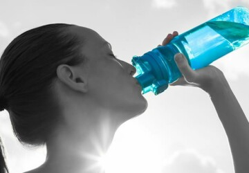 The Importance of Staying Hydrated in the Fall and Winter - stay hydrated, physically active, moisturizer, filtered water, Fall, cooler months, bottle guide