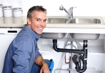 Top Signs that you Need to Hire a Plumber - water, rusty water, plumber, overflowing, leaking, hire, drainage, bad odors