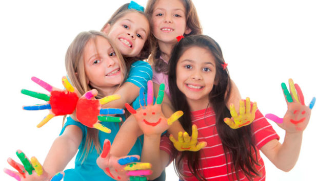 How to Keep Your Kids Busy - snack food, kids, finger paint, car wash, busy, books