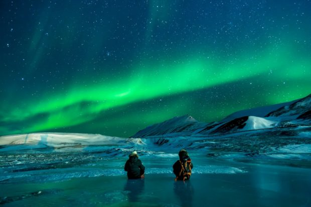 5 Top Tips for Travelling To Alaska - travel, nortern lights tour, alaska