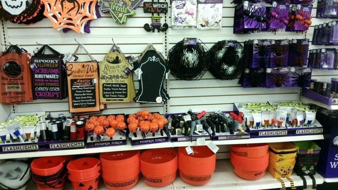 15 Easy Dollar Store Halloween Decor You Should Try Part 2