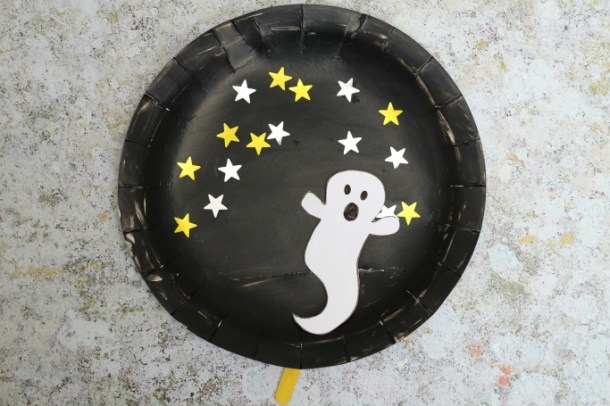 15 Non-Spooky Halloween Ghost Crafts for Kids - Not Scary Halloween Crafts for Kids, Halloween Ghost Crafts for Kids, Halloween Crafts for Kids, Ghost Crafts for Kids