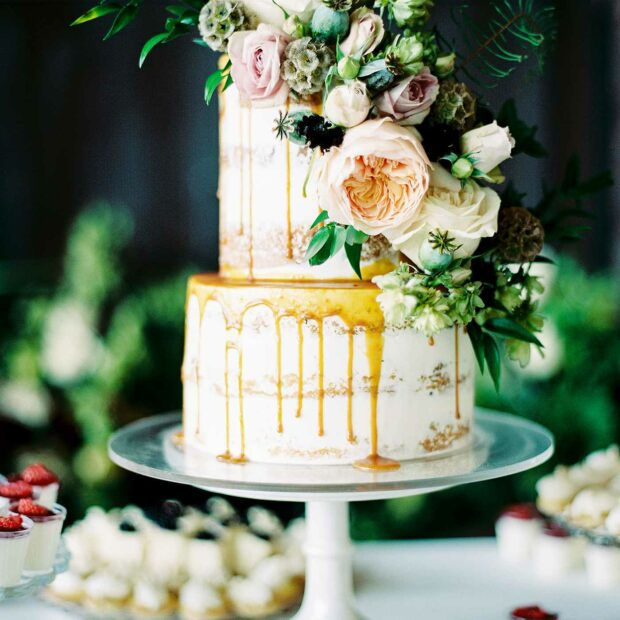 PHOTO & CAKE BY FOXTAIL BAKESHOP