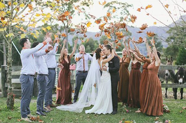 15 Romantic Ways To Incorporate Fall Leaves Into Your Wedding Decor - rustic wedding decoration, Incorporate Fall Leaves Into Your Wedding Decor, Fall Wedding Ideas