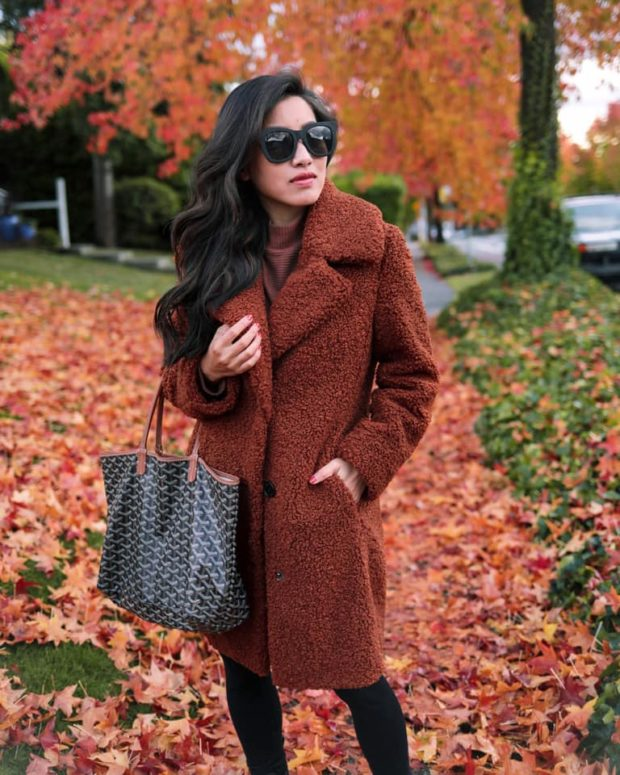 The Warm And Chic Winter Staple 13 Ideas How To Style A Teddy Coat