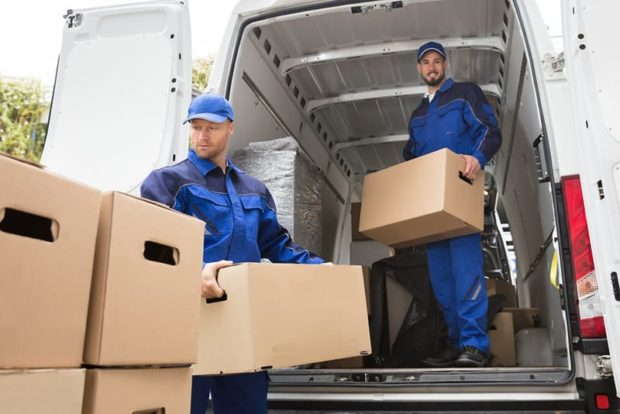 7 Factors to Consider When Choosing a Moving Service - service, moving service, home