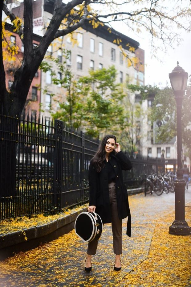 What To Wear With Leather Pants: Outfit and Styling Ideas
