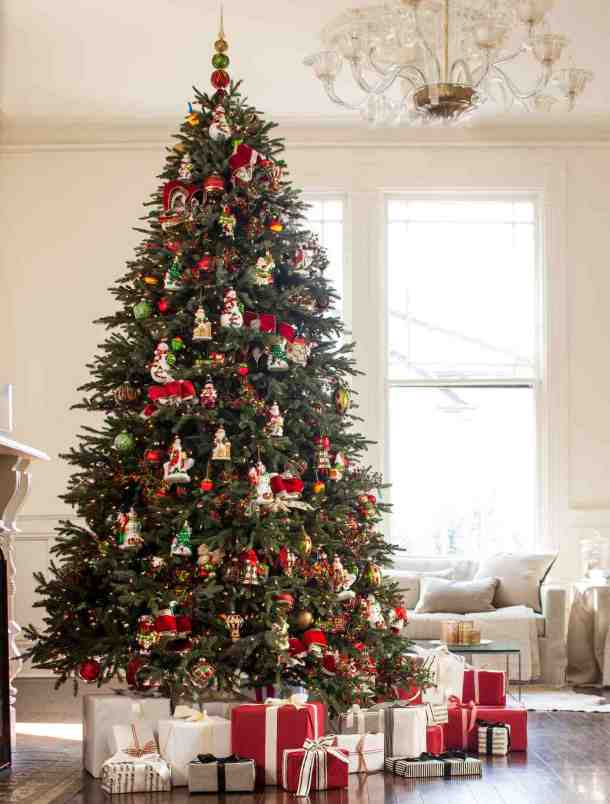 20 Stunning Christmas Tree Ideas 2019 (Part 4) - Diy Christmas tree, Christmas tree skirt, Christmas Tree Ideas, Christmas tree