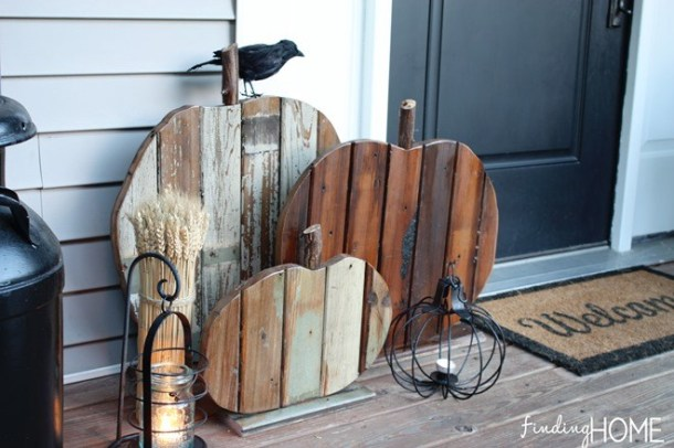 15 Cheap and Easy Fall Porch Decor Ideas (Part 2)