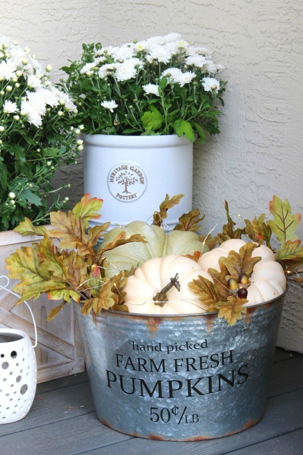 15 Cheap and Easy Fall Porch Decor Ideas (Part 1) - Fall Porch Decor Ideas, DIY Fall Porch Decor Ideas, DIY Fall Porch