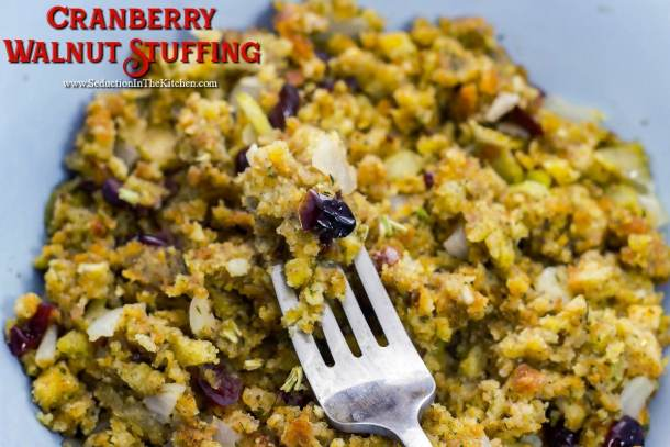 15 Thanksgiving Stuffing Recipes (Part 2) - Traditional Thanksgiving Recipes, Thanksgiving Stuffing Recipes, Thanksgiving Stuffing, Thanksgiving recipes