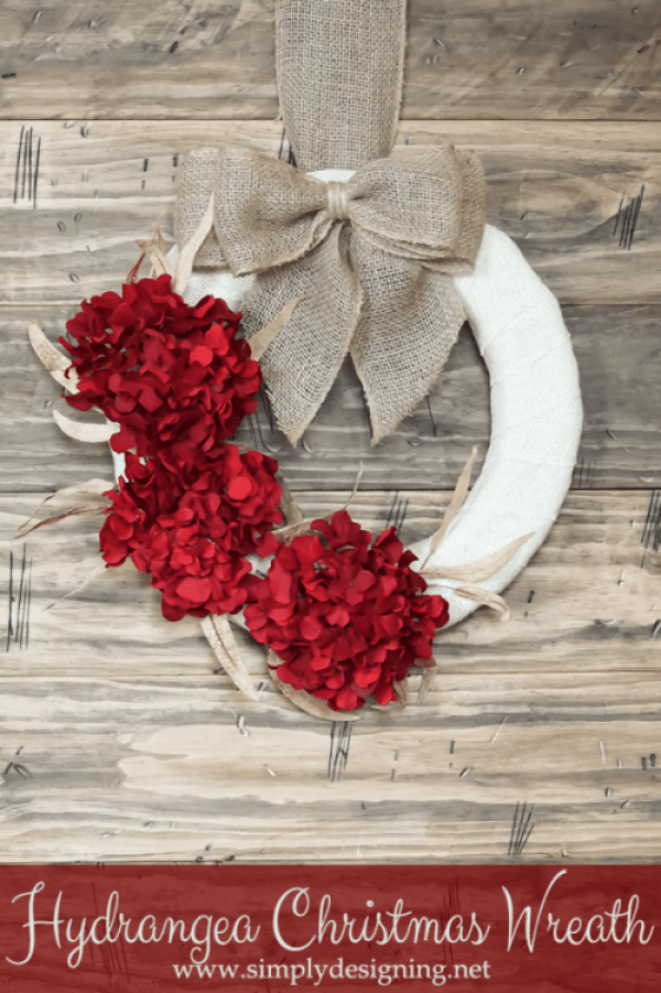 15 Perfect DIY Farmhouse Christmas Wreaths