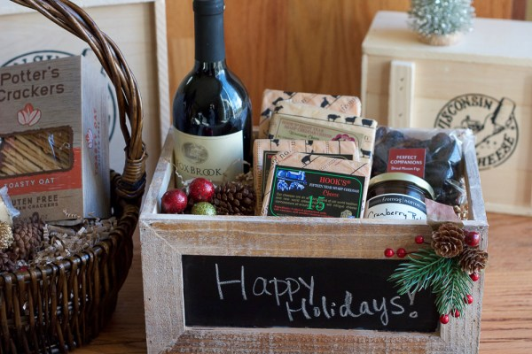 15 Creative DIY Gift Basket Ideas for Christmas (Part 2)