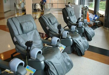 Are Massage Chairs Beneficial for Back Pain? - pain relief, massage, health, chair, back pain