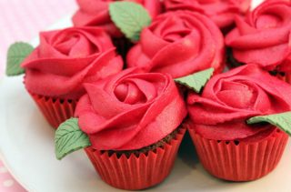 15 Cute Valentine's Day Cupcakes (Part 1) - Valentine's day desserts, Valentine's Day Cupcakes, Valentine's Day Cupcake Recipes
