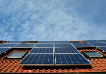 Top Ways of Switching to Renewable Energy - renewable energy, green, energy