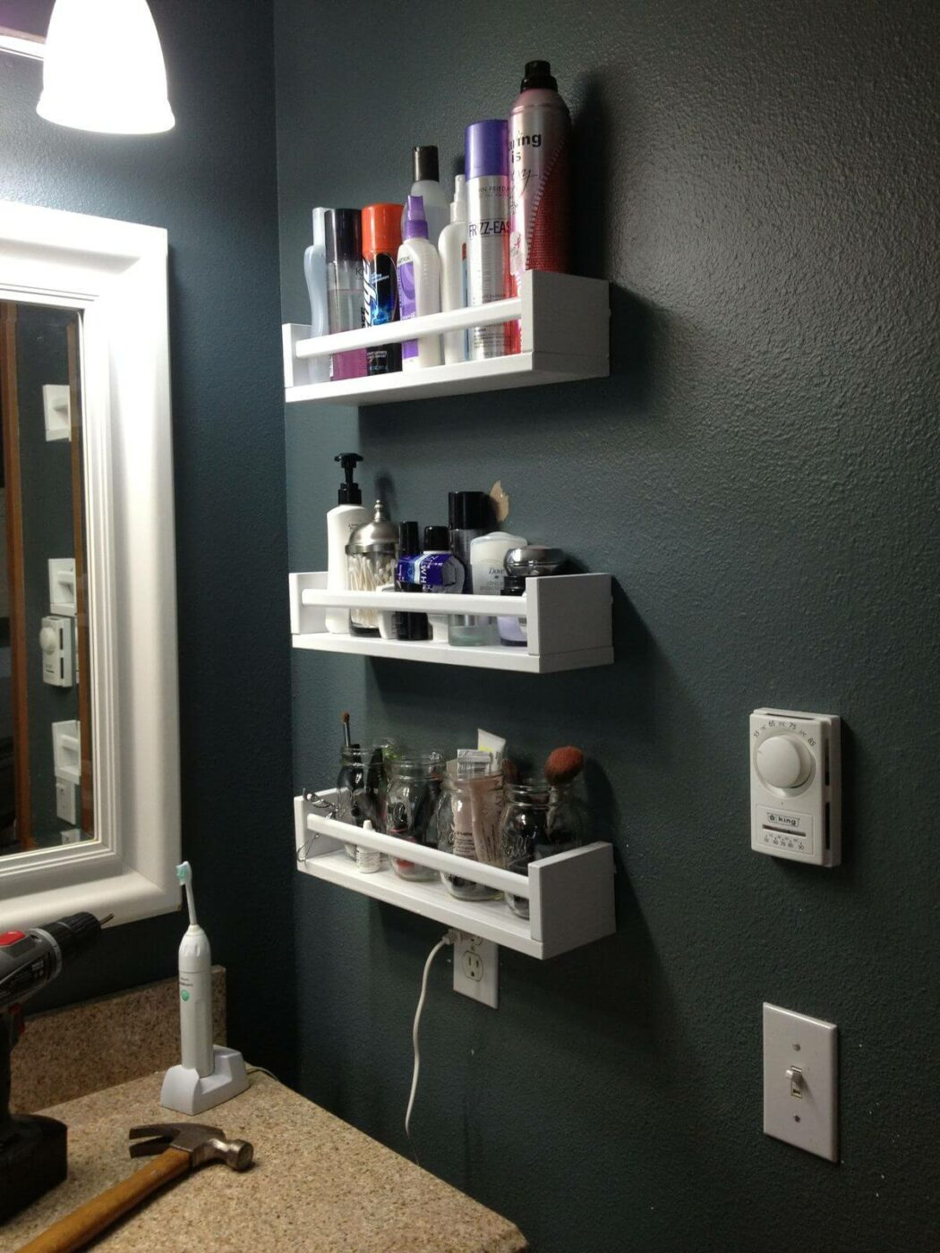 18 Amazing Storage Ideas to Organize Your Small Bathroom