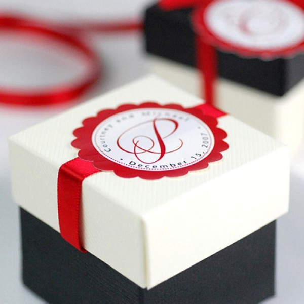 13.TWO Piece Square Favor Boxes