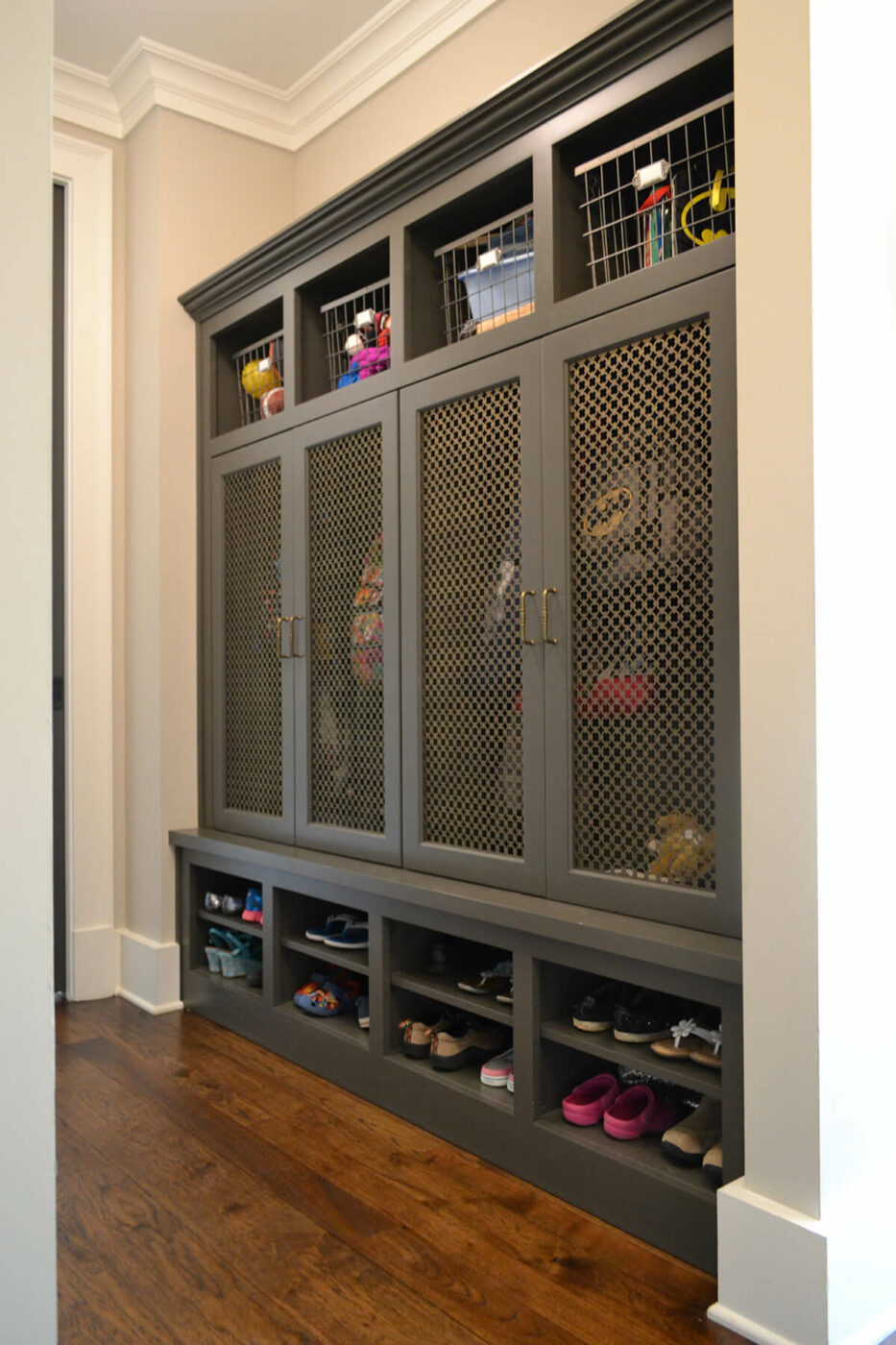 15 Unique Mudroom Design Ideas