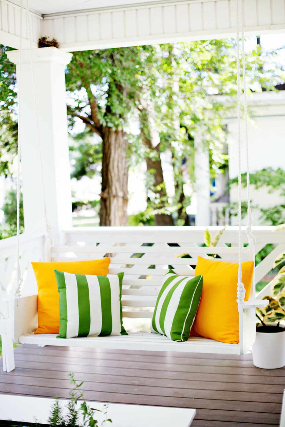 Colonial Cape Cod Porch Swing