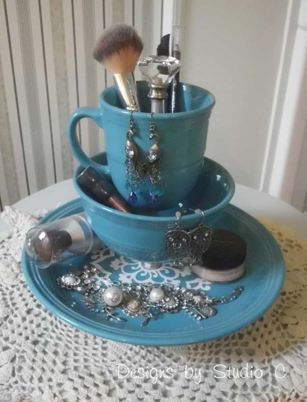 DIY Makeup Organizing Ideas - Old Dinnerware - Projects for Makeup Drawer, Box, Storage, Jars and Wall Displays - Cheap Dollar Tree Ideas with Cardboard and Shoebox - Wood Organizers, Tray and Travel Carriers http://diyprojectsforteens.com/diy-makeup-organizing