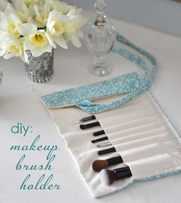 DIY Makeup Organizing Ideas - Makeup Brush Holder - Projects for Makeup Drawer, Box, Storage, Jars and Wall Displays - Cheap Dollar Tree Ideas with Cardboard and Shoebox - Wood Organizers, Tray and Travel Carriers http://diyprojectsforteens.com/diy-makeup-organizing