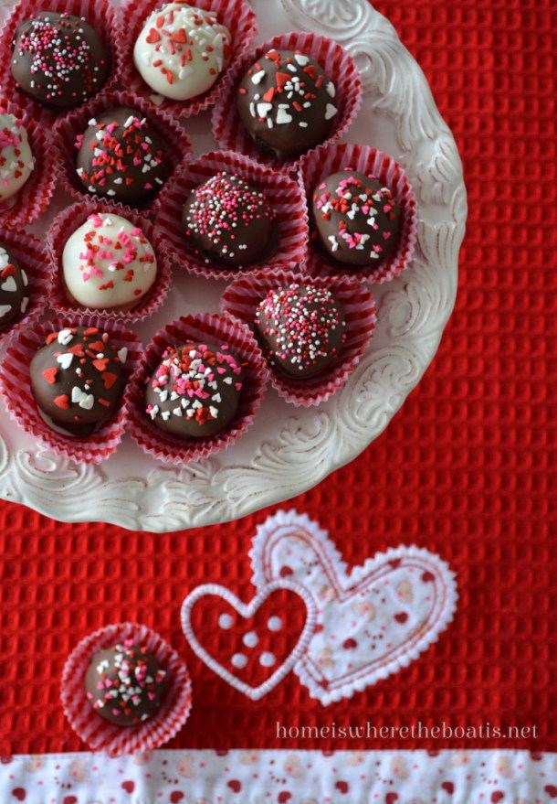Valentine's Day Prep: 15 DIY Truffle Recipes (Part 2) - Valentine's day recipes, Valentine's day desserts, Truffle Recipes, Truffle Recipe, Truffle