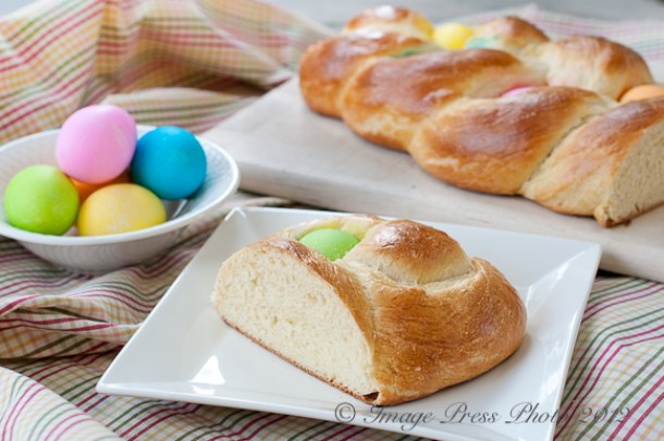15 Delicious Easter Bread Recipes (Part 1) - Sweet Bread Recipes, Easter recipes, Easter Recipe, Easter Bread Recipes, Easter Bread Recipe, Easter Bread, bread recipes