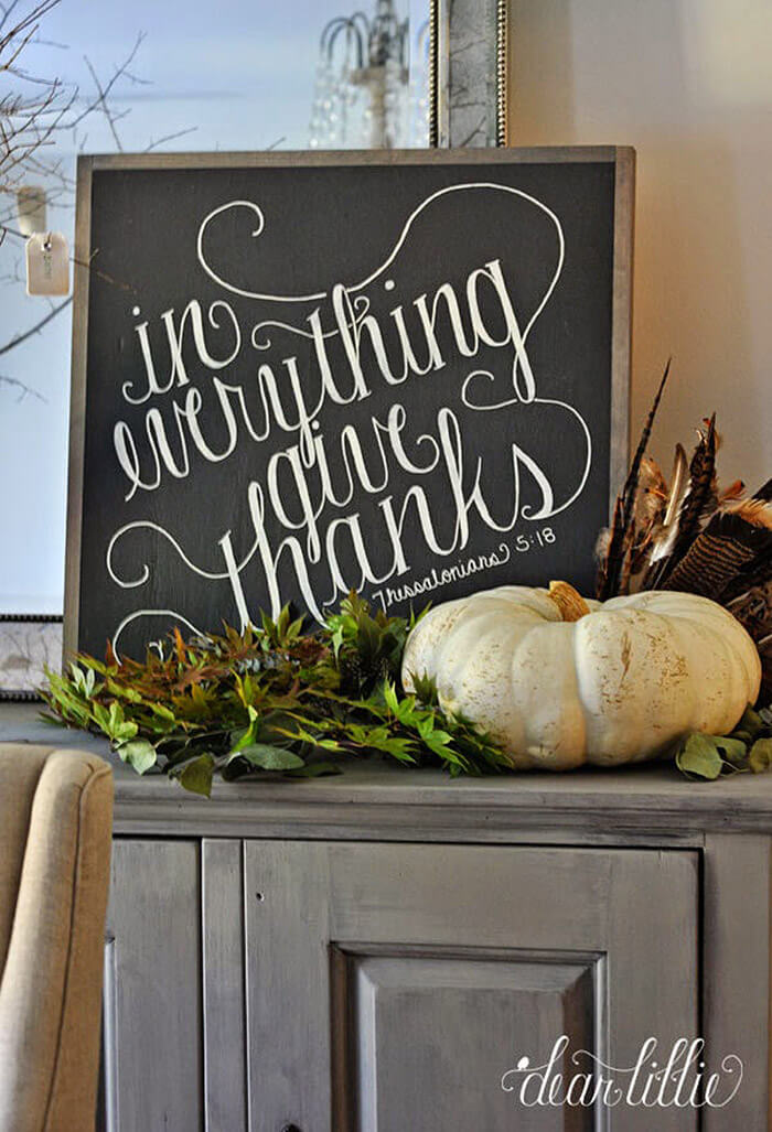 A Pretty Tabletop Display for Thanksgiving