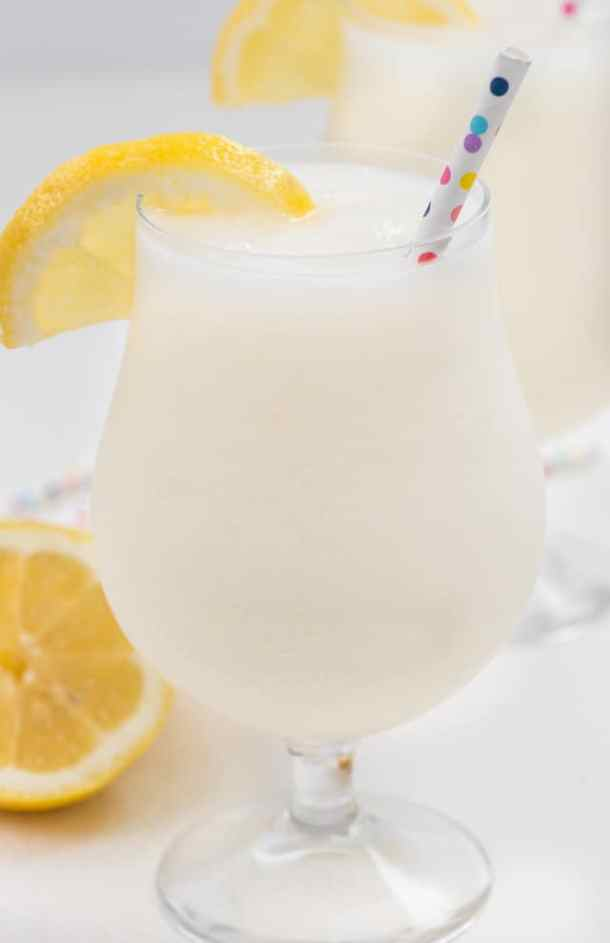 20 Best Frozen Cocktails – Cold and Refreshing Drinks for Summer (Part 1) - summer cocktails, refreshing cocktails, Frozen recipes, Frozen Cocktails, Cocktails