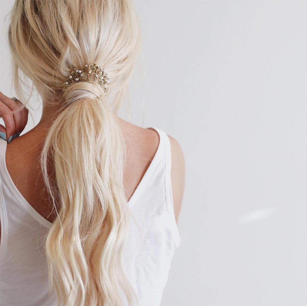 loose ponytail wedding hairstyle