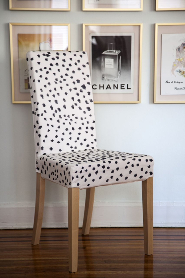 Cool DIY Sharpie Crafts Projects Ideas - Sharpie Spotted Chair for Fun Home Decor Idea