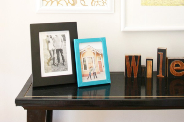 Cool DIY Sharpie Crafts Projects Ideas - Gold Sharpie Table Edging for Awesome Decor