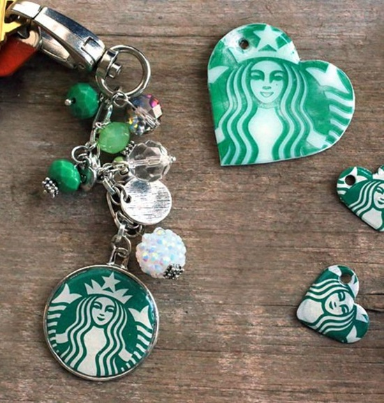 14 Easy Tutorials for Unique DIY Keychains - DIY Keychains, DIY Keychain, diy gifts