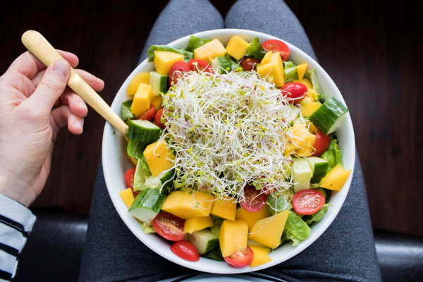 Mango Salad with Avocado Herb Dressing